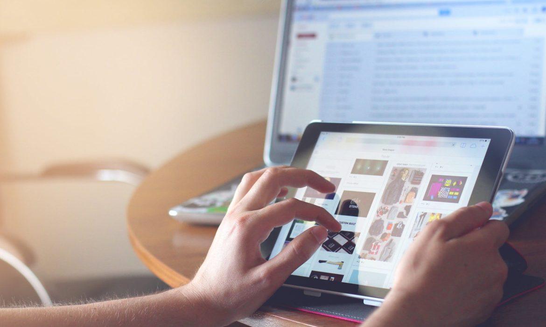 I nostri hobby a portata di click: come internet rivoluziona corsi e intrattenimento