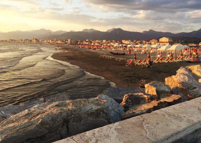 Scoprire l'Italia: un'estate in Versilia tra mari e monti