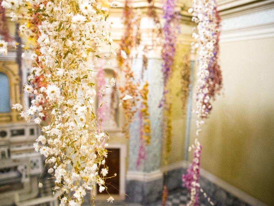 Florilegium Rebecca Louise Law: in mostra a Parma fino a dicembre