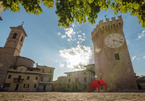 Gli animali invadono San Benedetto del Tronto, ma è arte