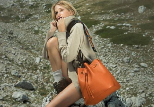 Alessia Marcuzzi e le borse per chi ama la natura