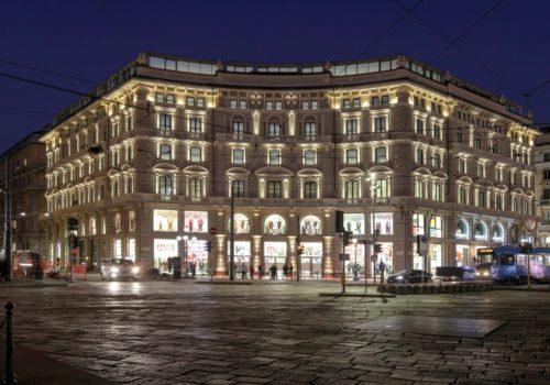 Grazie Milano: Uniqlo festeggia il primo anno in città
