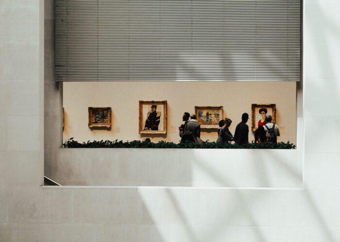Le opere d'arte entrano nelle case in una versione inedita