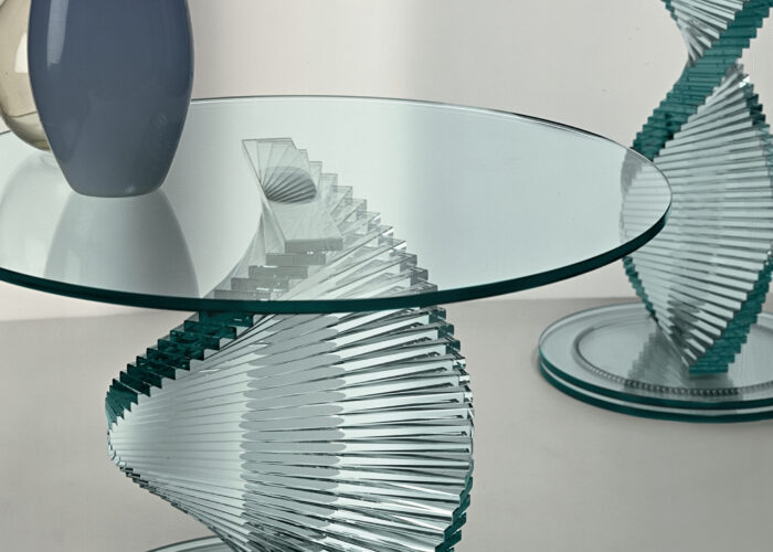 Un gioco di riflessi: i pezzi unici di Tonelli Design