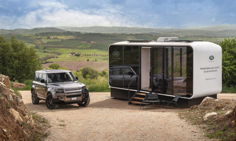 Il viaggio off road tra paesaggi mozzafiato con Land Rover
