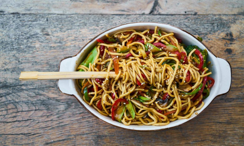 Diversamente C.H.E.F.: noodles di midollo con crema di avocado
